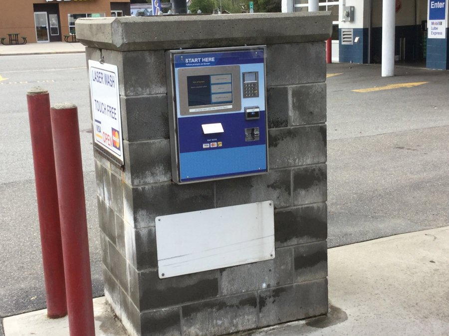 EMV car wash payment terminal at water avenue